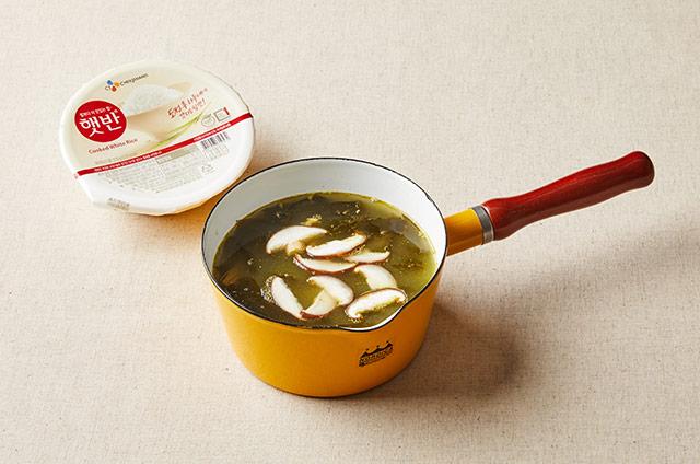 표고버섯 소고기미역죽 만들기 5단계 사진