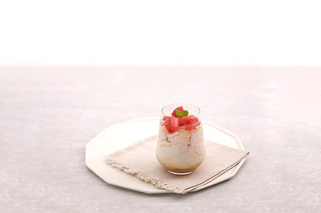 딸기 홈카페 음료 만들기 3단계 사진