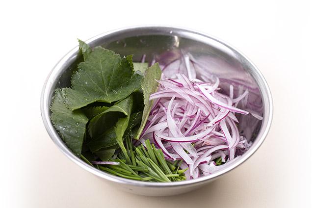 튀긴왕교자 샐러드 만들기 7단계 사진