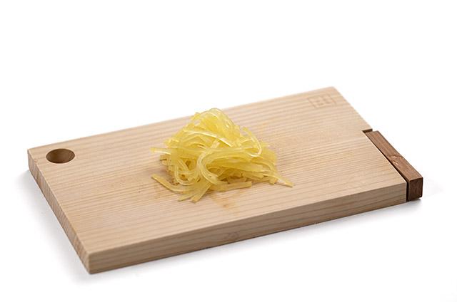 김치 날치알 유부초밥 만들기 3단계 사진