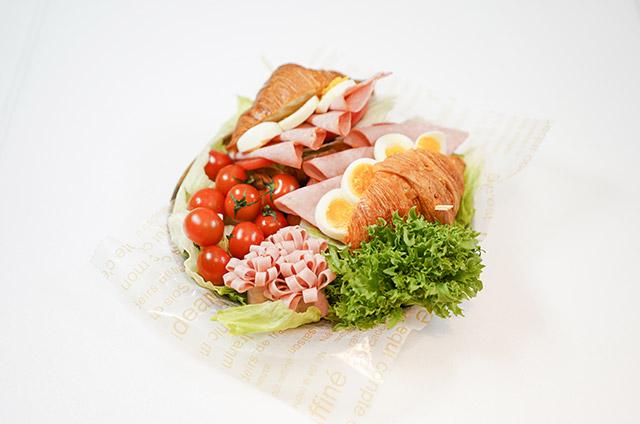 크로와상 샌드위치 만들기 7단계 사진