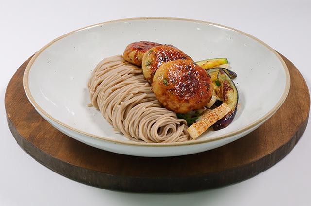 닭고기 완자와 비빔 메밀면 만들기 6단계 사진