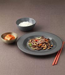 쌀밥과 김치 우둔살 불고기 (easy)